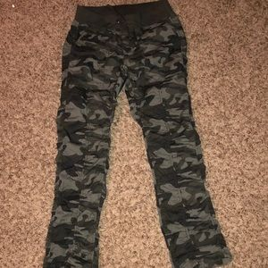 Vanilla Star Pants - Vanilla star camo pants